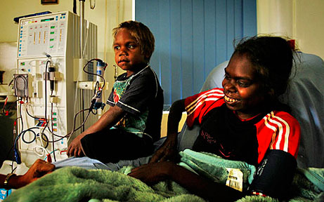 aboriginal-woman-at-dialysis