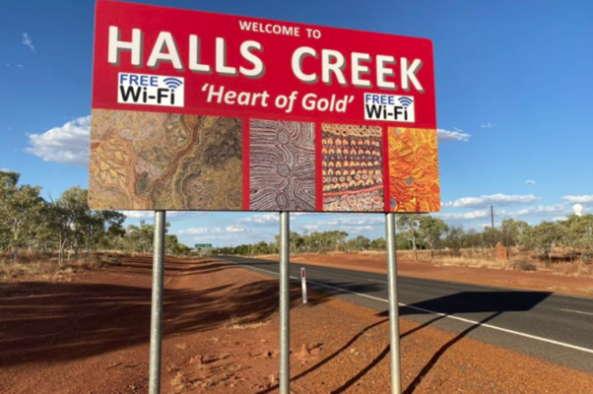 Halls Creek 'Heart of Gold' town entry sign