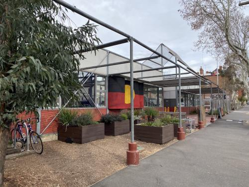 external image of the Victorian Aboriignal Health Service in Fitzroy